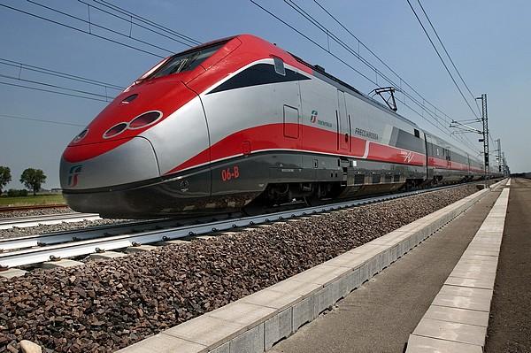 Freccia trenitalia Riccione Offerta Al Mare in Treno