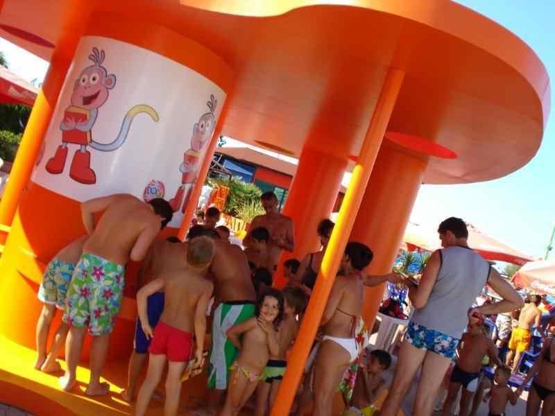 Animazione10 beach village Riccione Luned riapre agli ospiti Riccione Terme