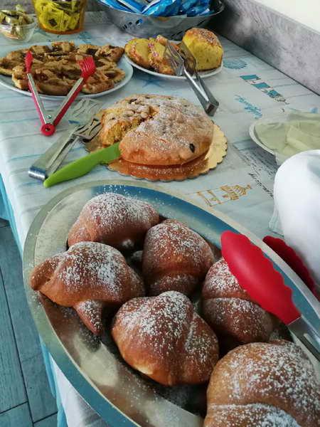 Buffet colazioni Le spiagge dell Emilia Romagna sono pronte a ripartire ecco come