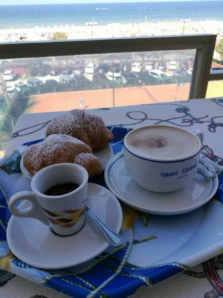 Camera colazione2 Le spiagge dell Emilia Romagna sono pronte a ripartire ecco come