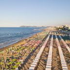 Spiaggia riccione 144x144 Riccione allunga la stagione balneare fino al 25 ottobre