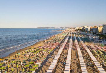 Spiaggia riccione 360x250 Riccione Offerta Giugno