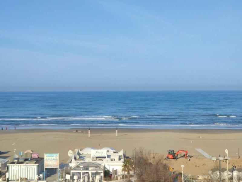 Riccione lavori spiaggia Una 8216 bolla turistica 8217 per salvare il turismo La proposta degli Albergatori di Riccione
