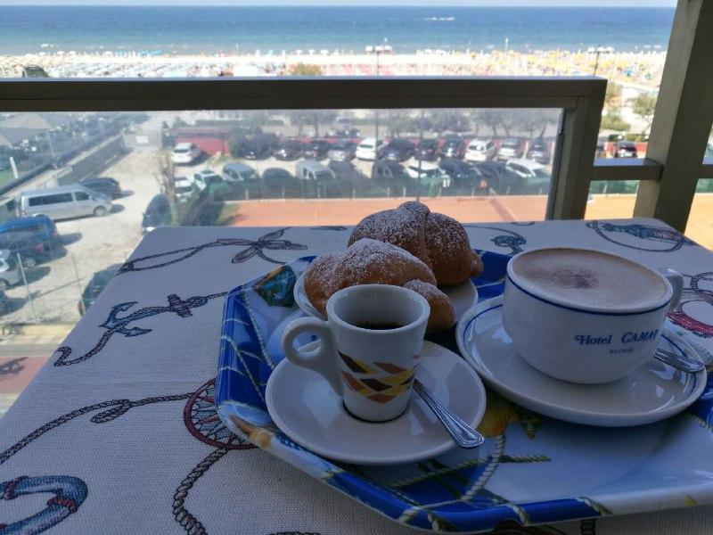 Camera colazione Riccione Offerta Clienti Affezionati